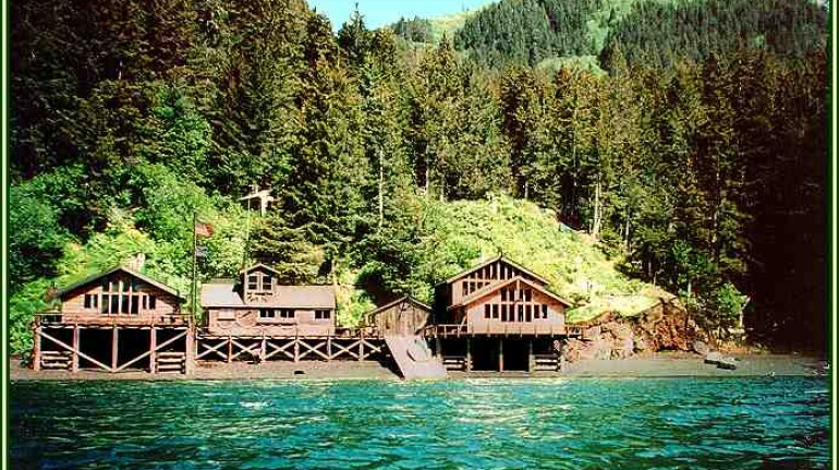 Sadie Cove is one of the best eco-lodges in the United States